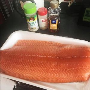 salmonoverarching